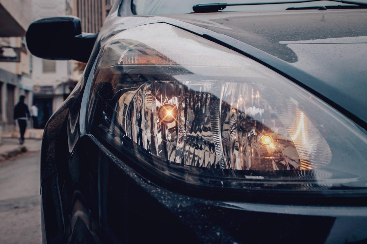 Żarówka samochodowa