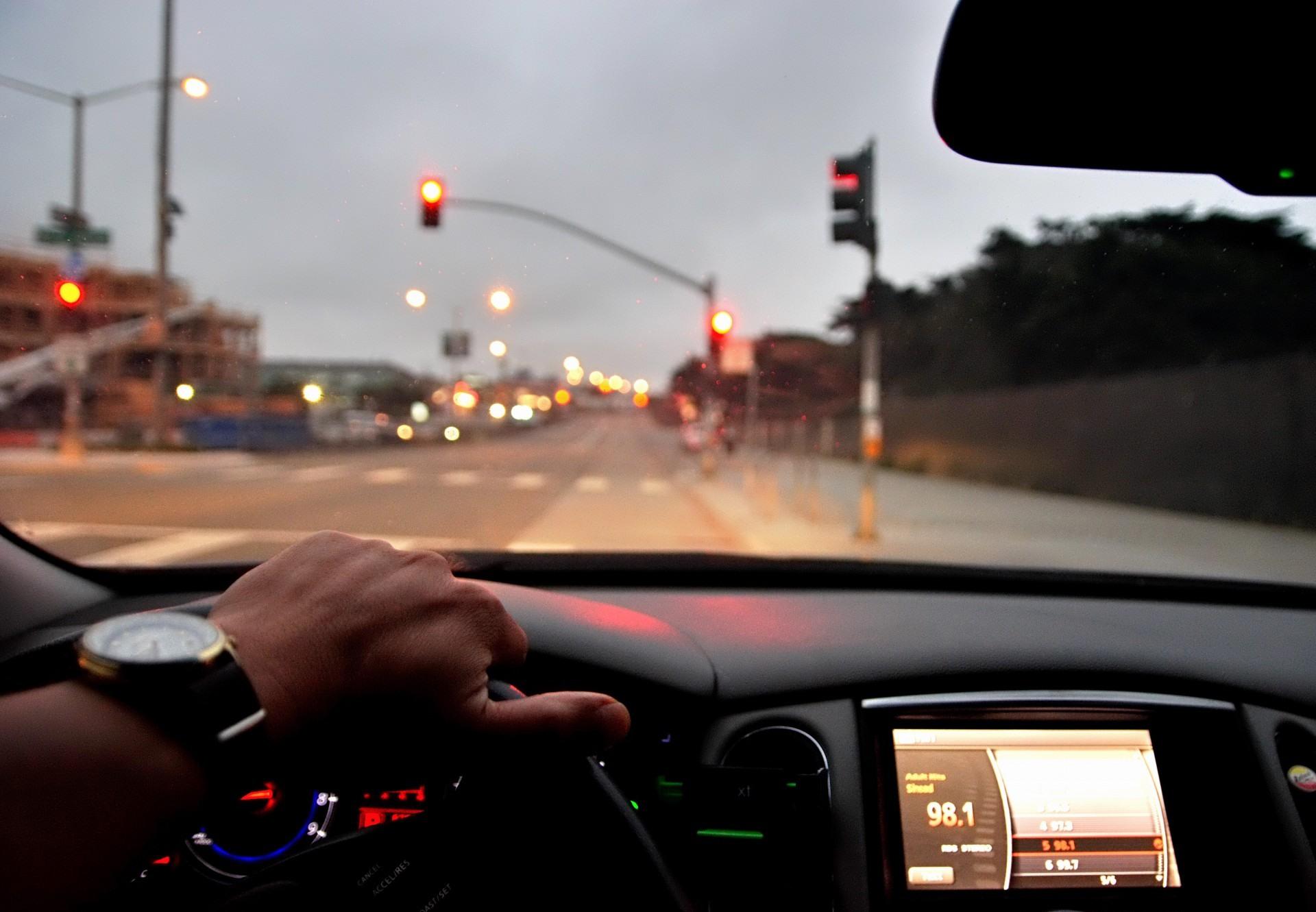 Jakie oświetlenie do auta